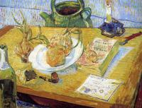 Vincent Van Gogh : Plate with onions, annuaire de la sante and other objects